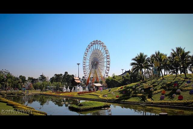 Royal Flora Ferris Wheel